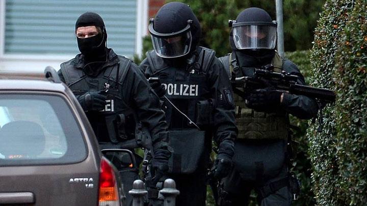Расстрел синагоги, граната в кебабную. Что происходит в Германии?