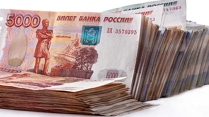 Миллиарды наличными и контракты для родственников: Топ-7 самых коррумпированных мэров России