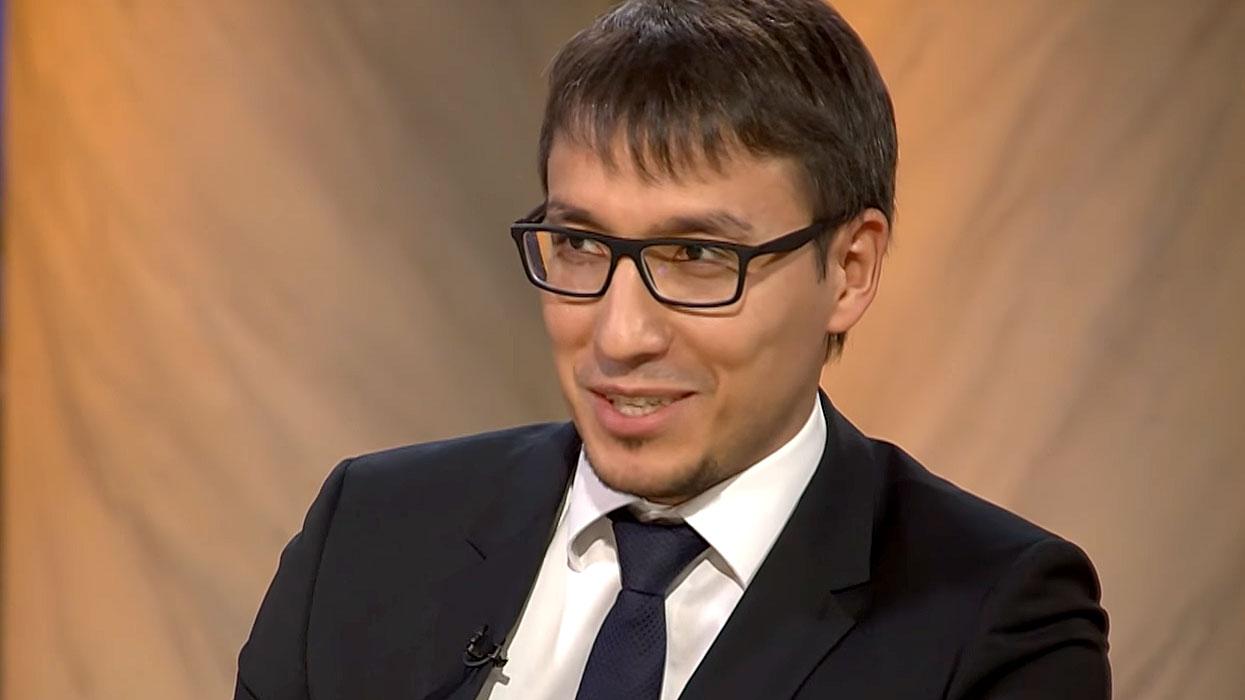 Абзалов