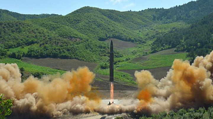 Дайджест СМИ: Новая месть Трампа, флот кораблей-роботов США, КНДР испытала ракету
