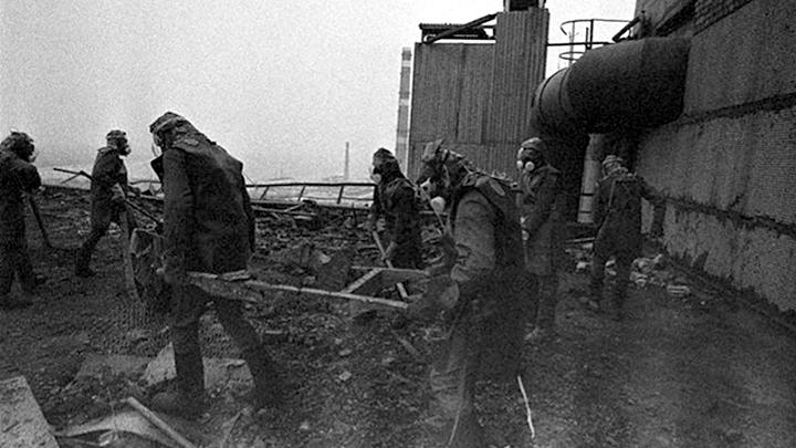 «Я понял, кто такой Бог»: Тайна спасения тысяч ликвидаторов в Чернобыле