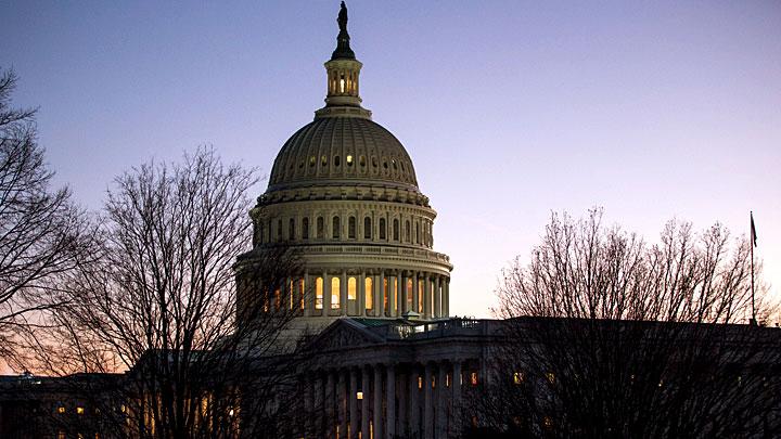 Истерика в Конгрессе США против России и Трампа