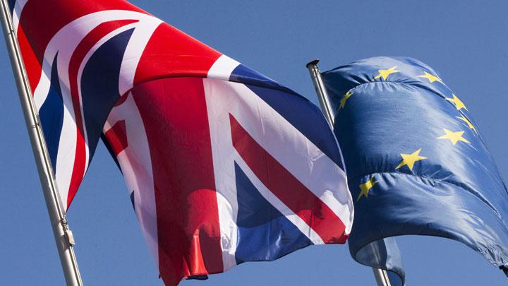 Часики тикают: Британии грозит «жёсткая посадка» после выхода из ЕС