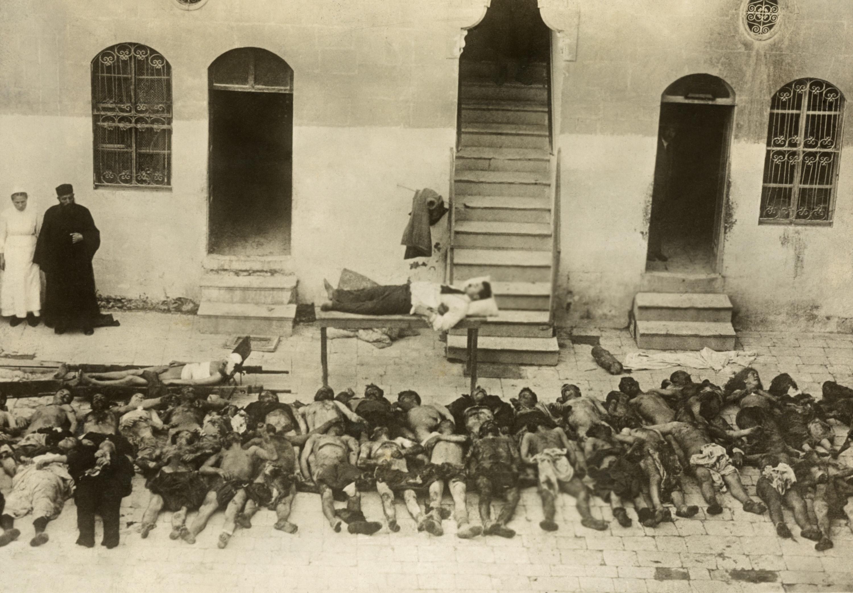 """""""Женщины и дети погибали с Именем Христа на устах"""": 105 лет памяти жертв геноцида армян"""