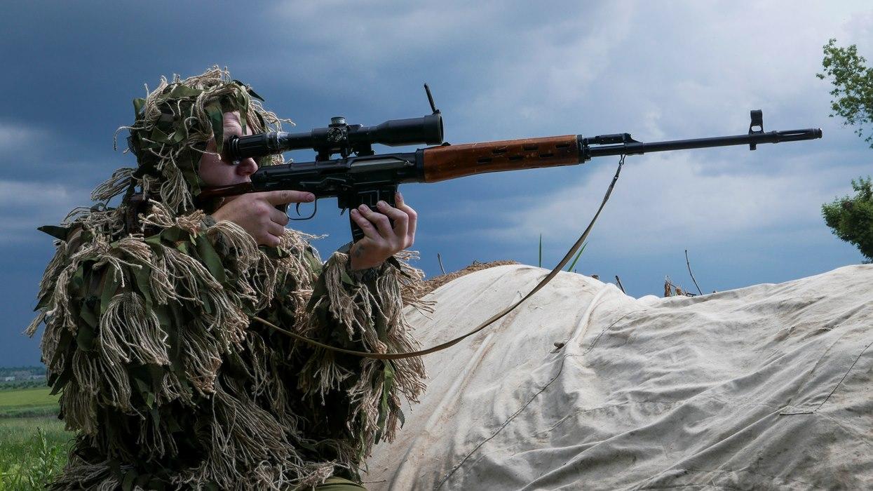 Позиции ополчения ДНР у города Докучаевск Донецкой области. Фото: Mstyslav Chernov/AP/TASS