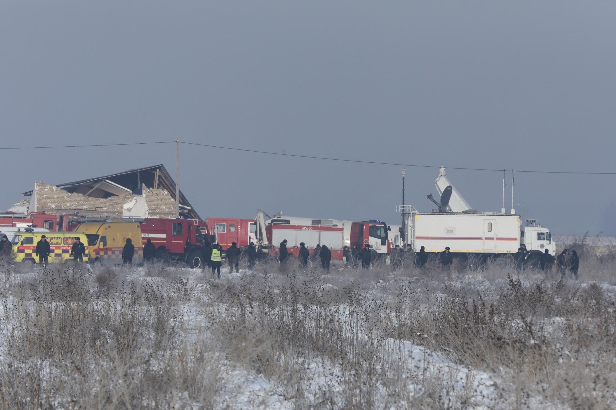 Пилот погубил 12 человек или спас 88? Загадка катастрофы Fokker 100 в Казахстане