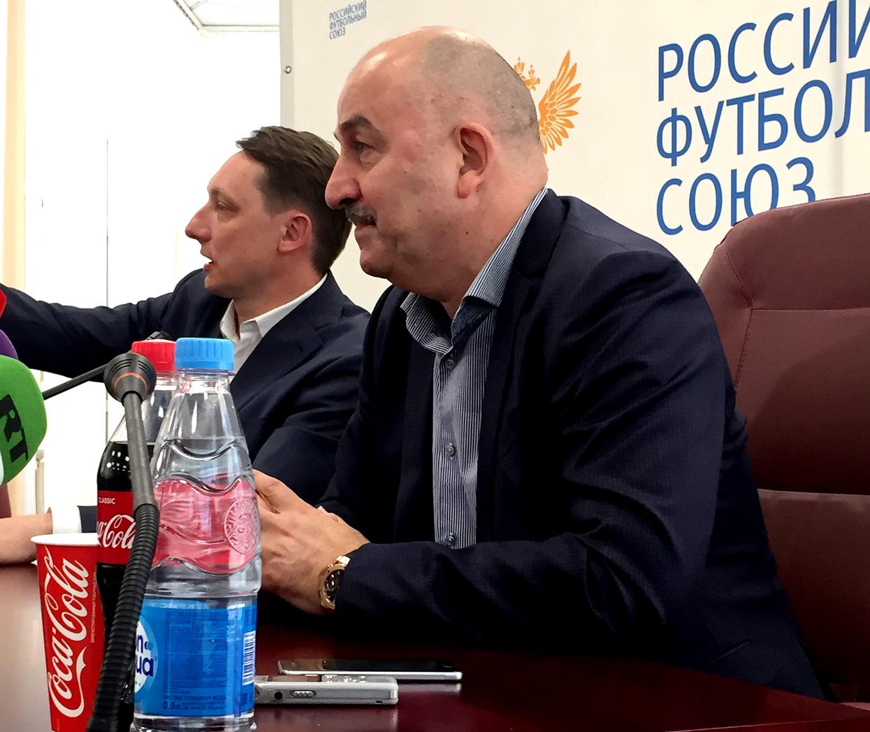 Пресс-конференция Станислава Черчесова. Фото:
