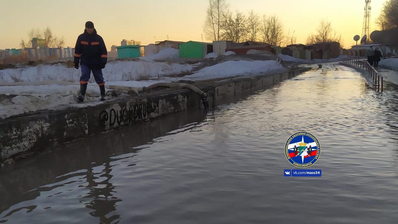 Затопленная улица Высоцкого