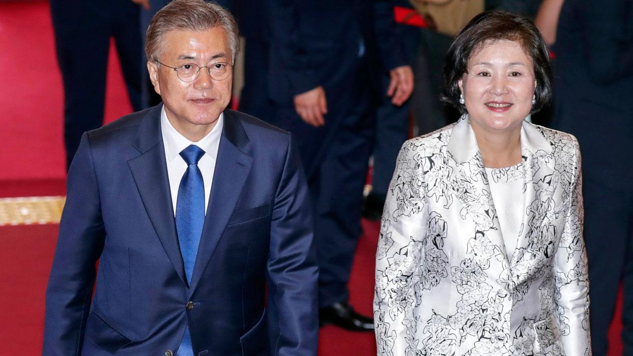 Церемония инаугурации нового президента Южной Кореи Мун Чжэ Ина в Сеуле