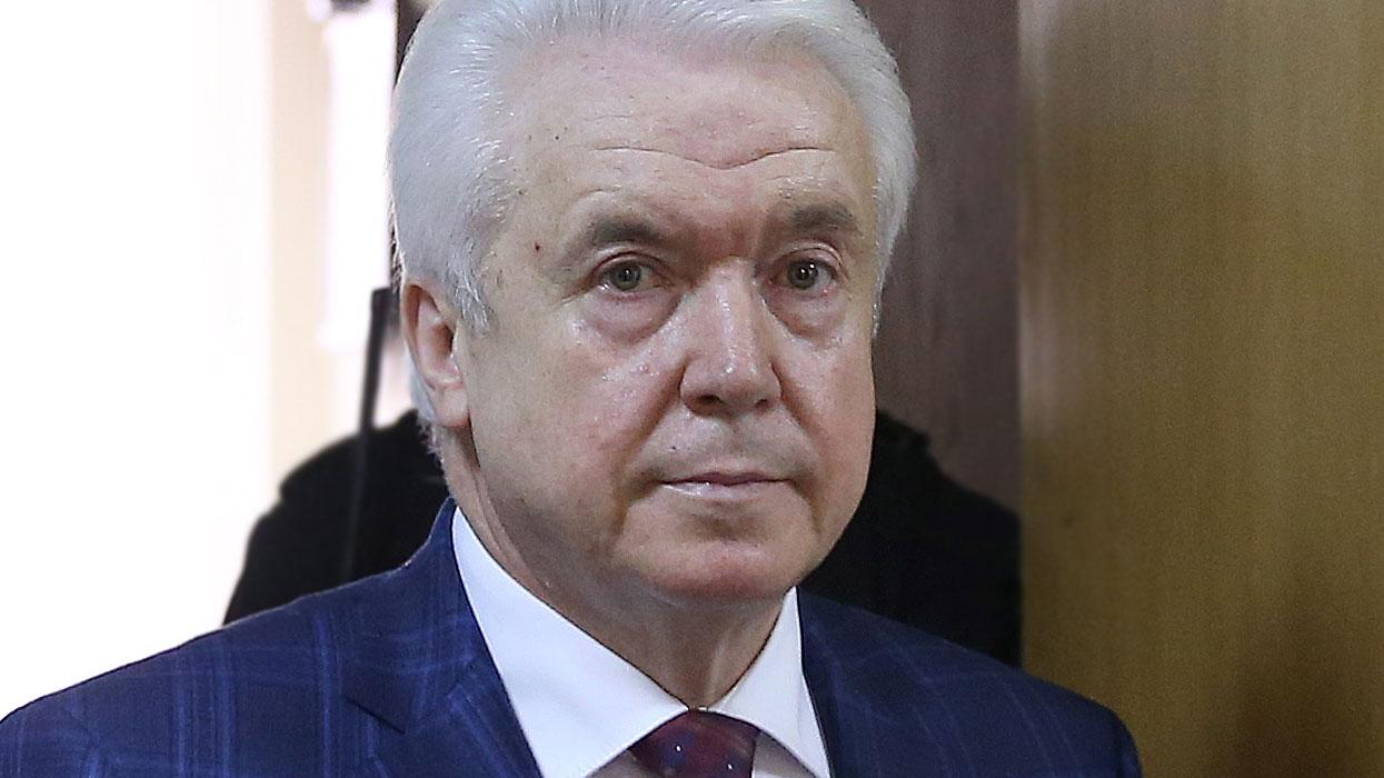 М. Олейник