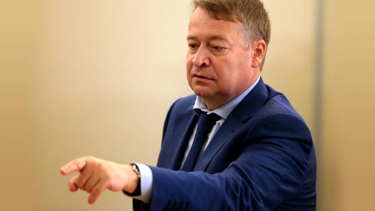 Э.Маркелов