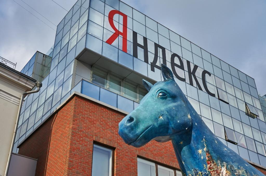 Смешарики подружатся с Алисой: Зачем «Яндексу» понадобился популярный мультсериал