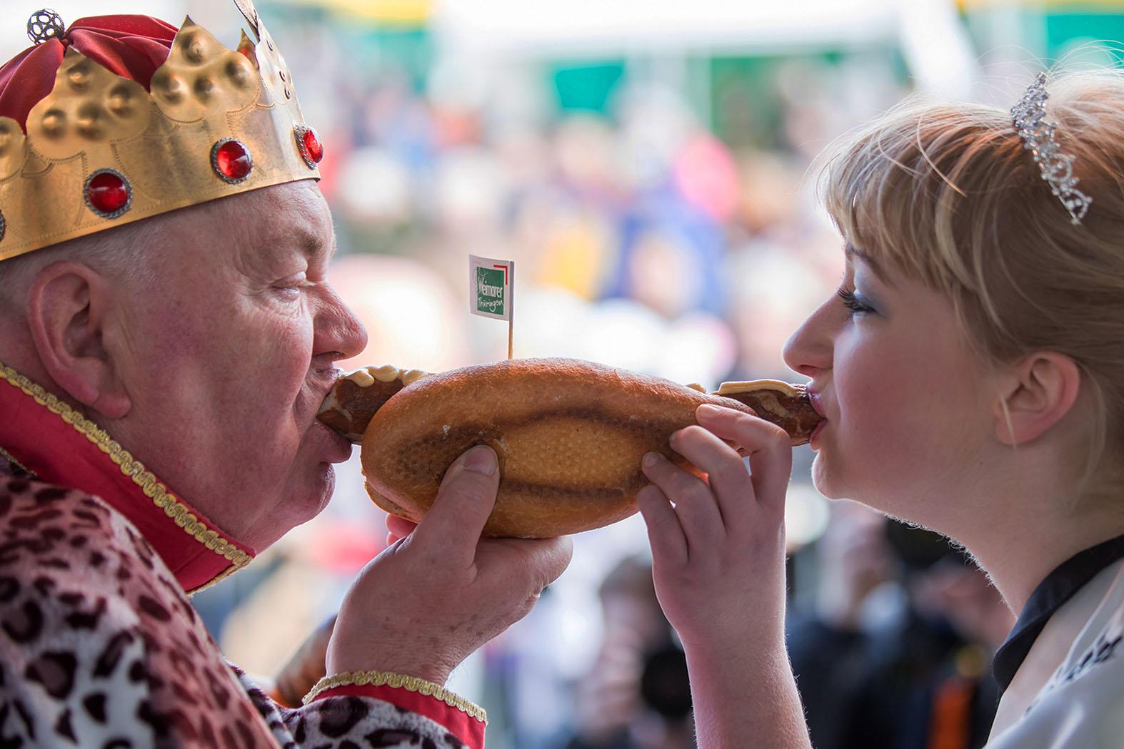 Тараканы и кузнечики вместо мяса: России навяжут посткарантинное меню