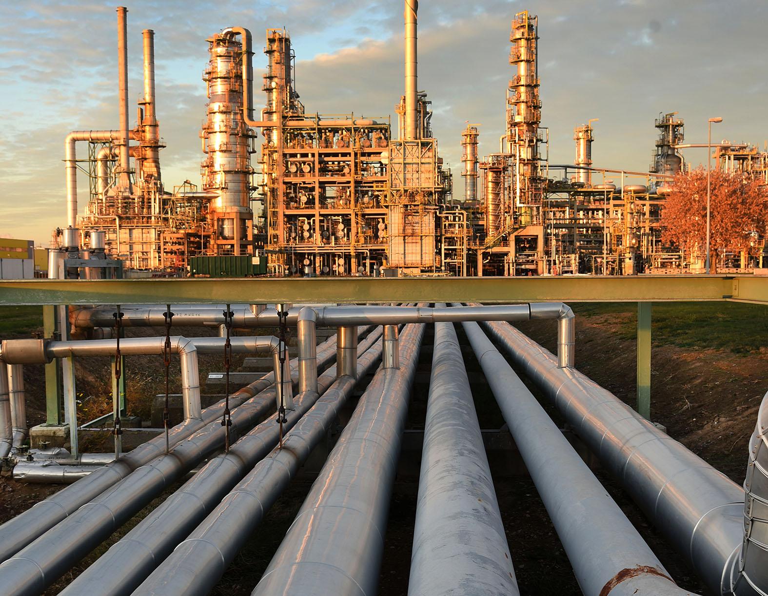 Деньги на бочку: В чём козыри России в нефтяной игре