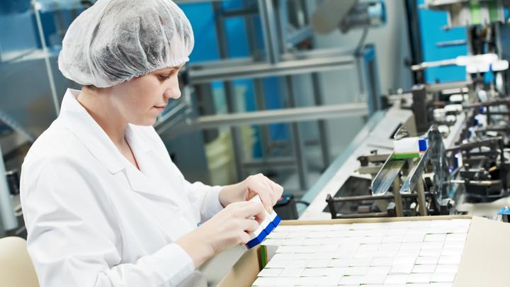 Право на жизнь: Почему в России пропадают жизненно важные импортные лекарства