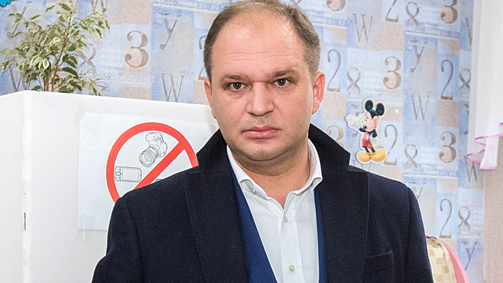 Молдавия на распутье: развал правящей коалиции, правительственный кризис, вотум недоверия. Что дальше?