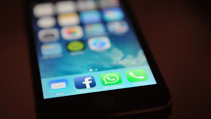 Дуров посоветовал удалить WhatsApp. Можно ли заменить мессенджер на что-то отечественное?