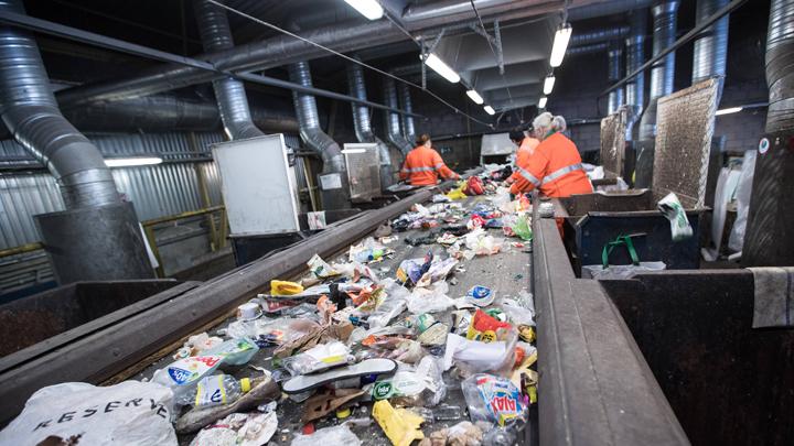 За вывоз мусора стали платить больше в несколько раз: Почему проваливается очередная реформа