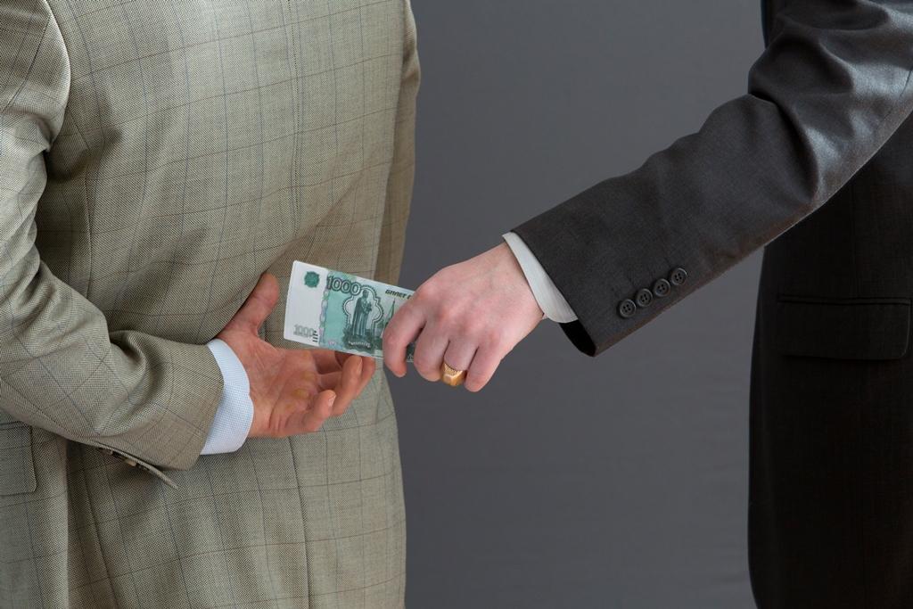 Поможет ли высшая мера в борьбе с коррупцией?