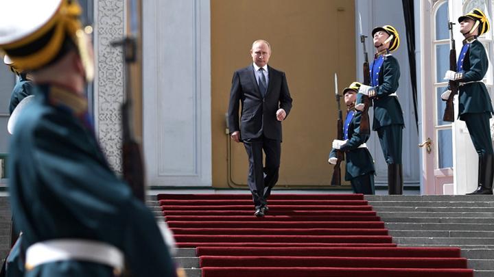 Оппозиция, смирись! Путин будет вечен по закону