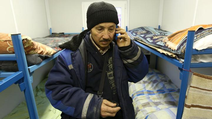 """Границы закрыты, работы нет: Миллионы мигрантов грозят русским """"коронавирусным бунтом"""""""