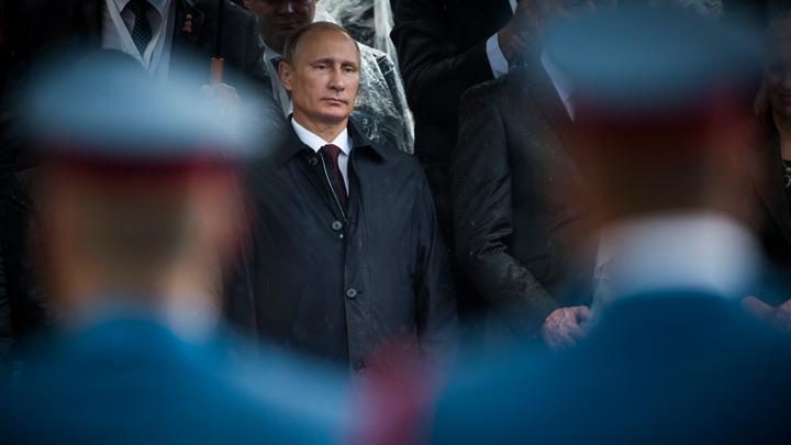 """Дайджест СМИ: США поразил """"вирус Путина"""", когти российской цензуры и новый способ искать """"половинку"""""""