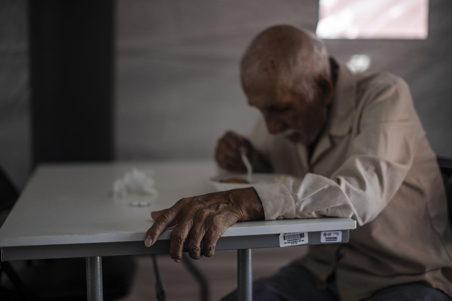 Прибыльный бизнес на старческих костях: Что не так с домами престарелых в России