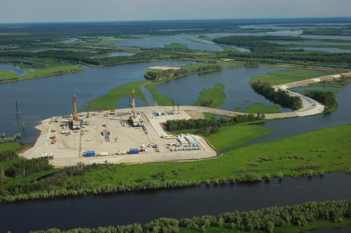 Нефть из-под озера: 55 лет назад открыли Самотлорское месторождение