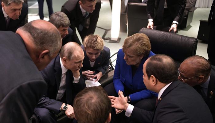 Потеряли Путина и растерялись: Психолог выставил «диагнозы» Макрону, Меркель и Джонсону в Берлине