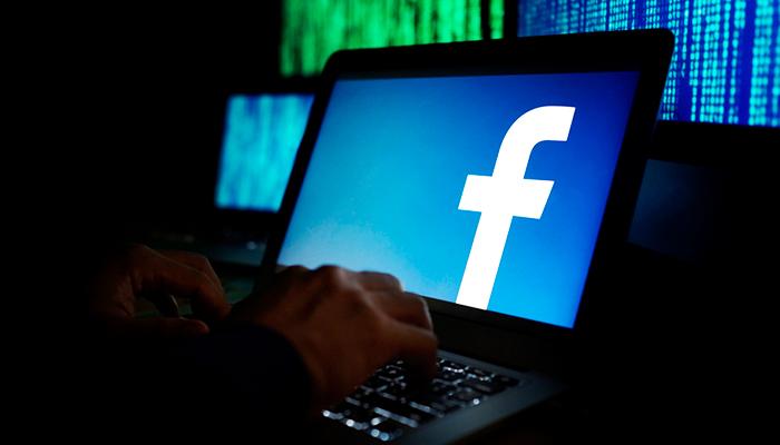 Удержится ли Марк Цукерберг во главе Facebook?