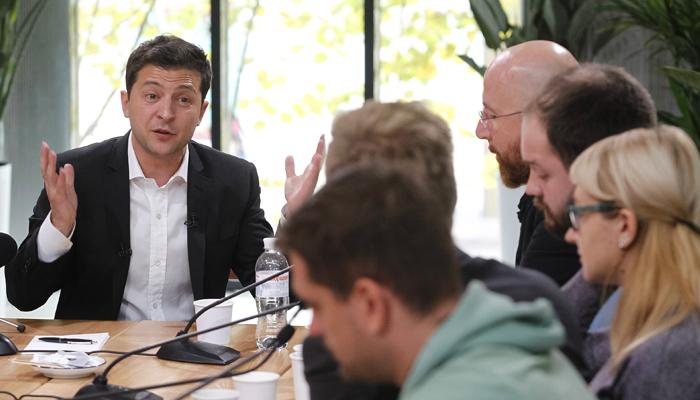 «Зеленский признал независимость Донбасса»: Соцсети о пресс-марафоне президента Украины