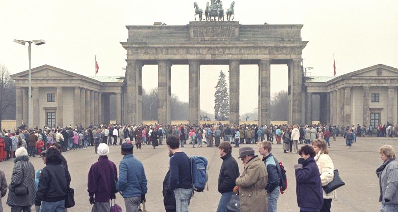 Объединённая Германия разделённых немцев