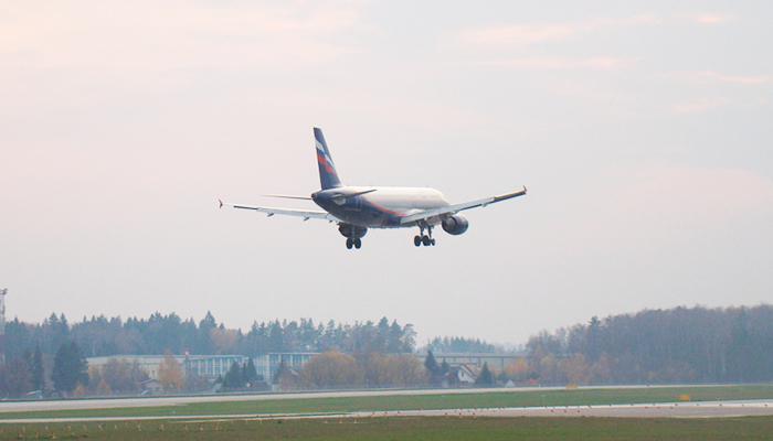 Пилот рейса Москва — Анапа умер за штурвалом: Странные и трагические случаи на борту самолётов