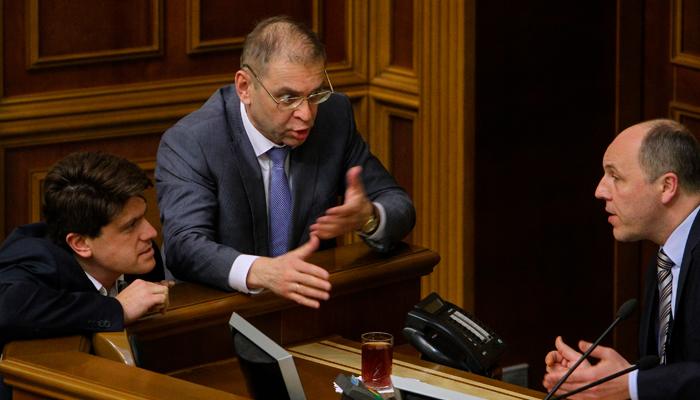 Самые громкие уголовные дела украинских политиков: У Кличко пока одно, у Порошенко – уже 13