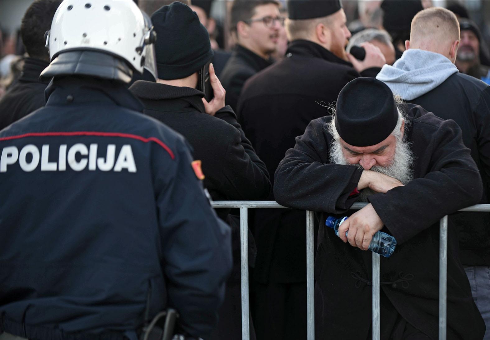 Арест митрополита и чествование нацистов: Запад не спешит закрывать ящик Адольфа на Балканах
