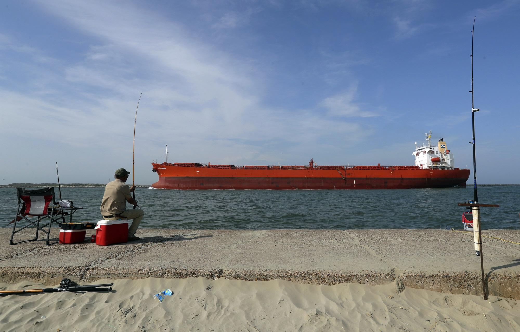 Саудиты атаковали США танкерами с нефтью