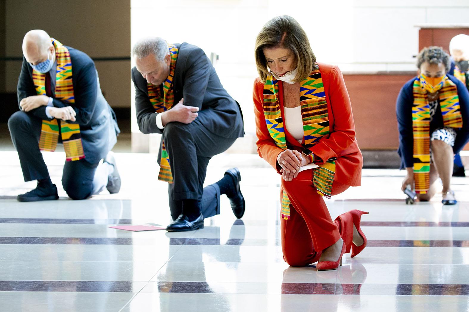 Целовать ноги и каяться: Прекрасная Америка будущего