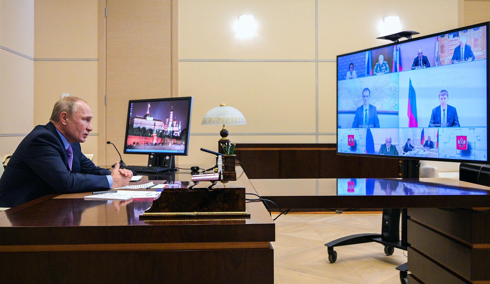 Деньги важнее: Путин срочно отменил визит в Крым