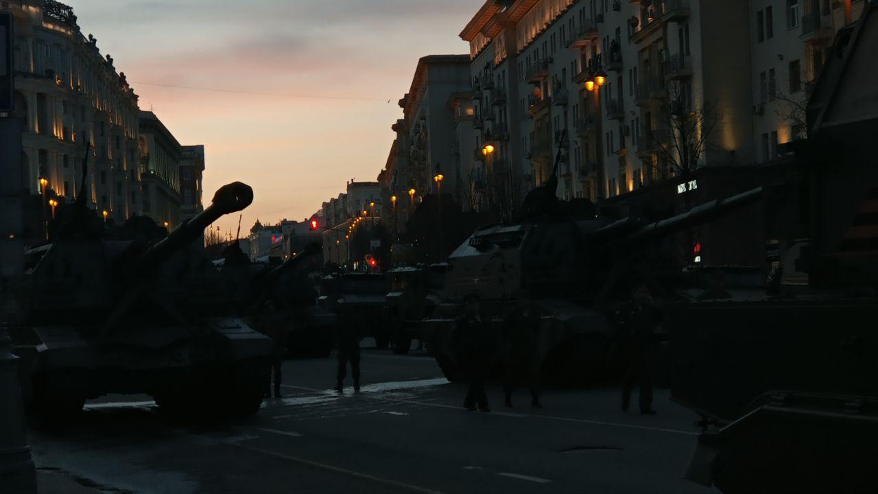 Над Москвой в10.55 пролетит авиация, участвующая впараде Победы