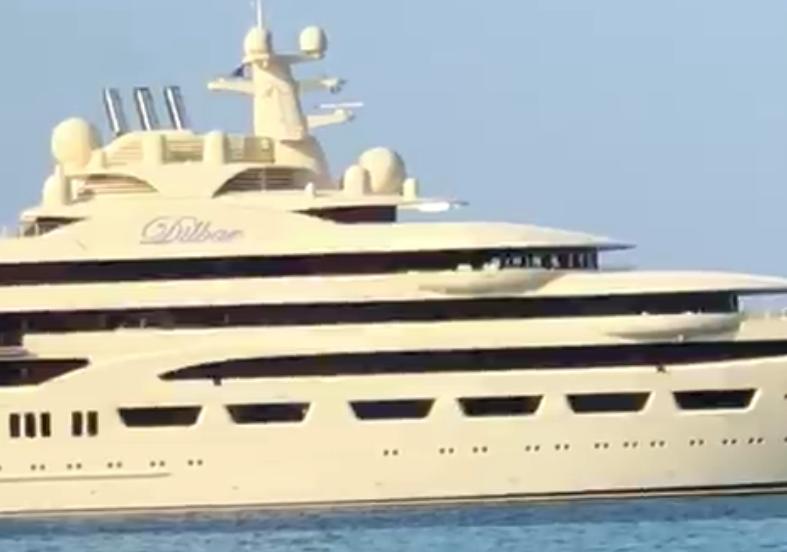 «Скромная» яхта Усманова оказалась в три раза «жирнее» фрегата «Адмирал Горшков»